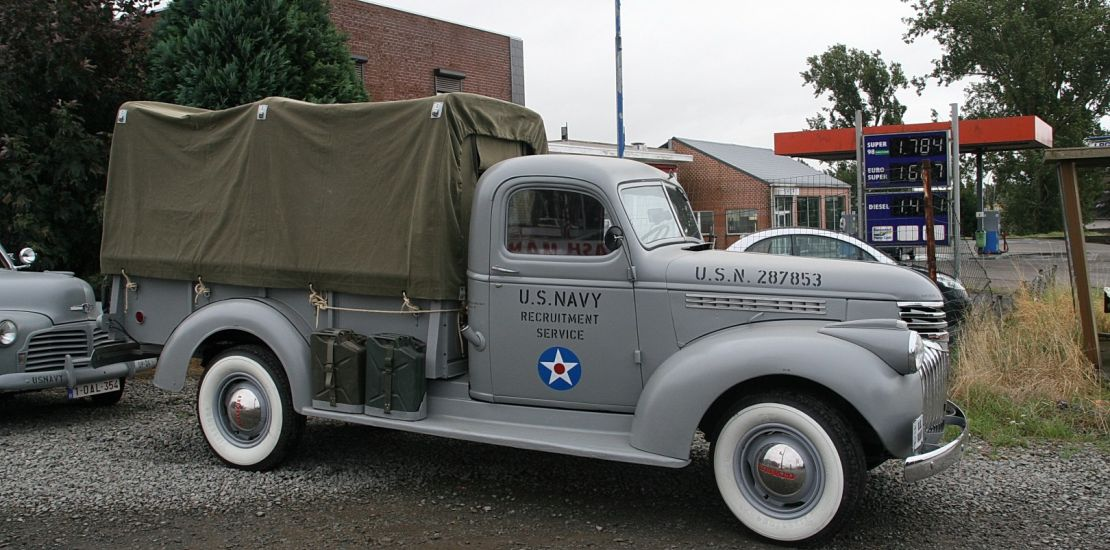 militaire voertuigen van 1939 tot 1945 te koop jeep dodge gmc chevrolet import uit de vs. Black Bedroom Furniture Sets. Home Design Ideas